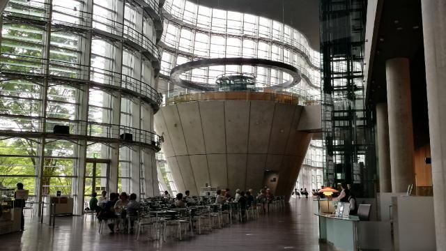 国立新美術館 カフェ コキーユ