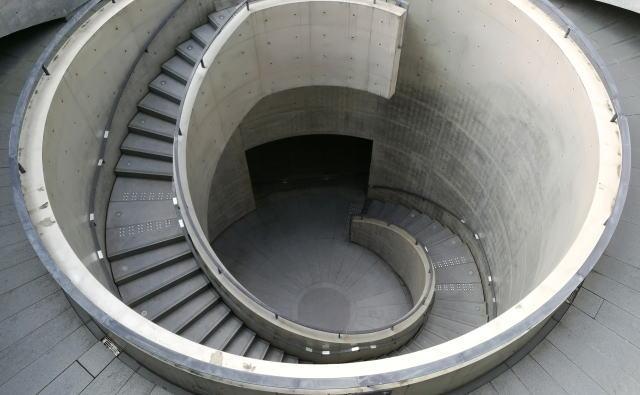 兵庫県立美術館 円形テラス